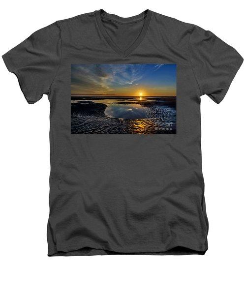 Glory Men's V-Neck T-Shirt