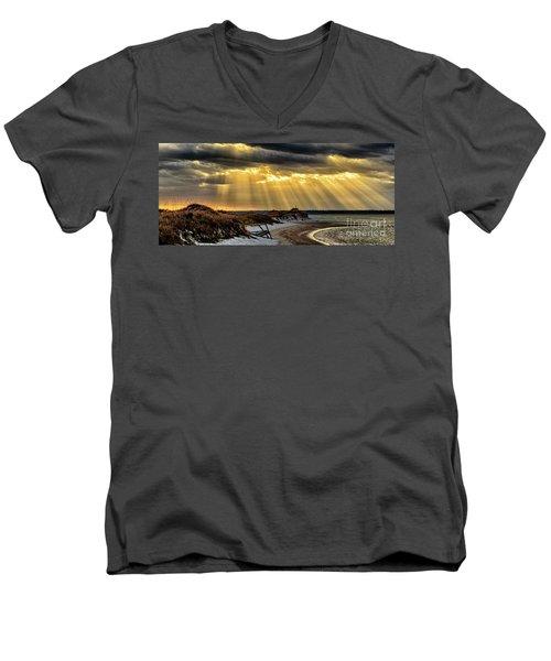 God's Light Men's V-Neck T-Shirt