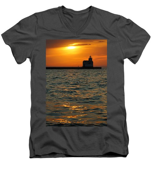 Gold On The Water Men's V-Neck T-Shirt