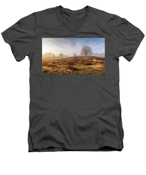 Golden Posbank Men's V-Neck T-Shirt