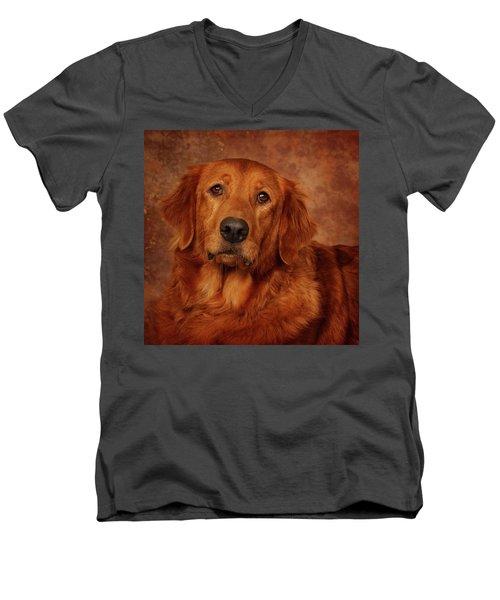 Golden Retriever Men's V-Neck T-Shirt