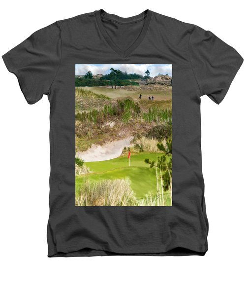 Golf Challenge  Men's V-Neck T-Shirt