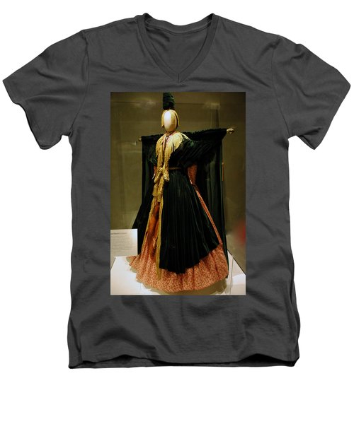 Gone With The Wind - Carol Burnett Men's V-Neck T-Shirt by LeeAnn McLaneGoetz McLaneGoetzStudioLLCcom