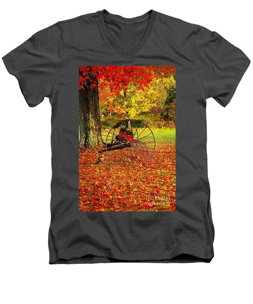 Gone With The Wind Men's V-Neck T-Shirt by Diane E Berry
