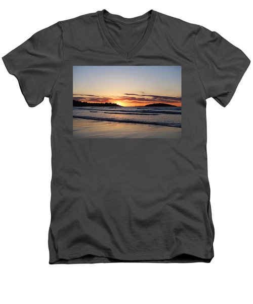 Good Harbor Beach At Sunrise Gloucester Ma Men's V-Neck T-Shirt