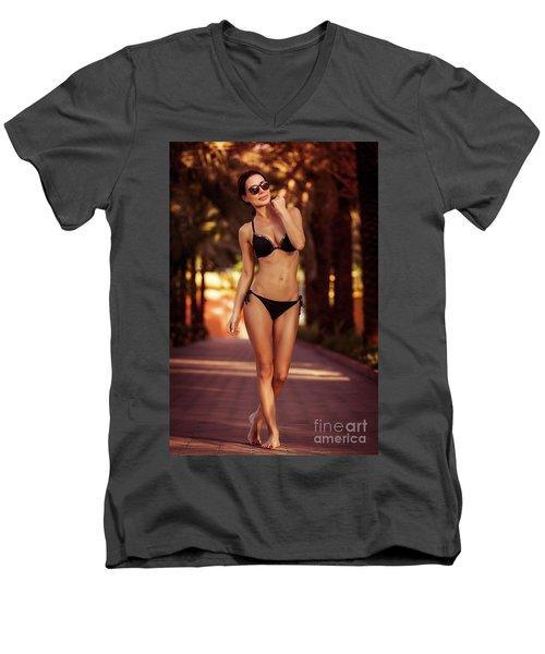 Gorgeous Female On The Beach Men's V-Neck T-Shirt