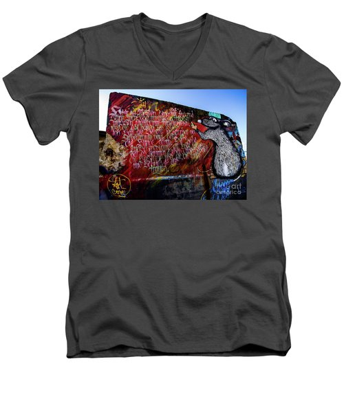 Graffiti_02 Men's V-Neck T-Shirt