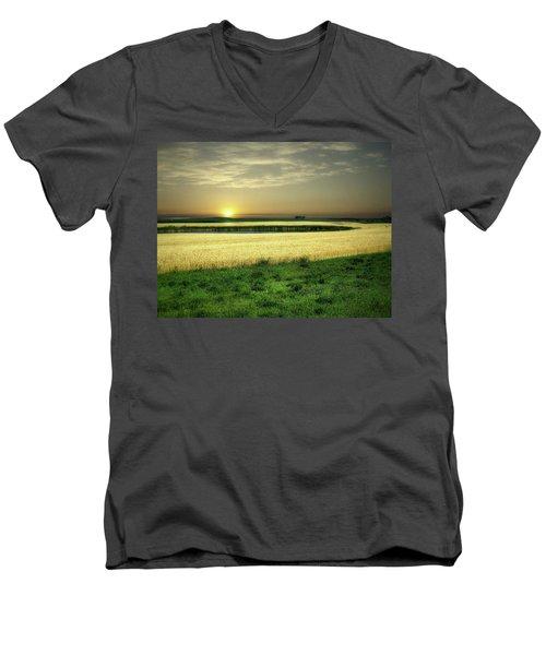 Grain Field Men's V-Neck T-Shirt