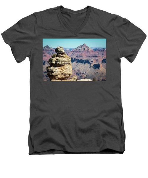 Grand Canyon Duck On A Rock Men's V-Neck T-Shirt