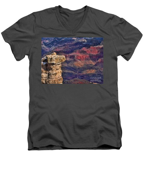 Grand Canyon Stacked Rock Men's V-Neck T-Shirt