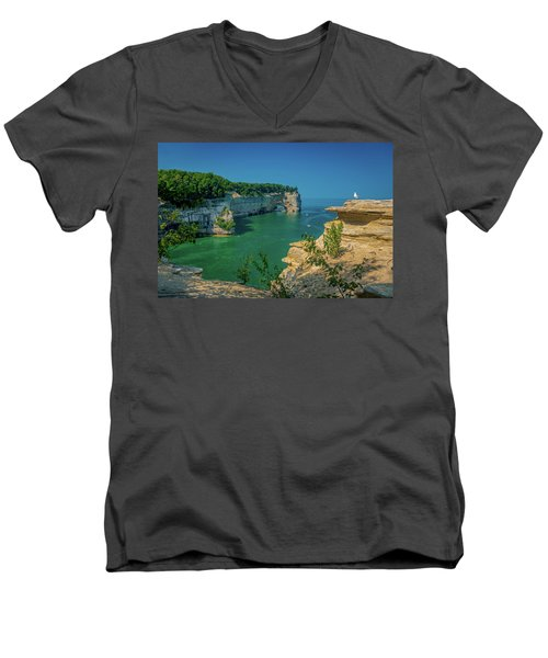Grand Portal Point Men's V-Neck T-Shirt