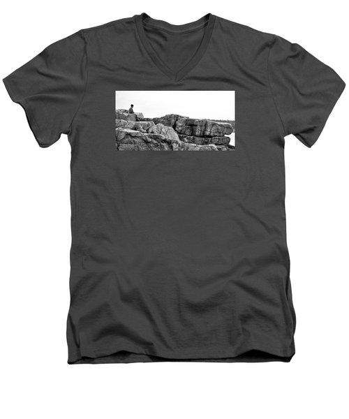 Granite Cliffs At Thunder Hole - Acadia - Maine Men's V-Neck T-Shirt