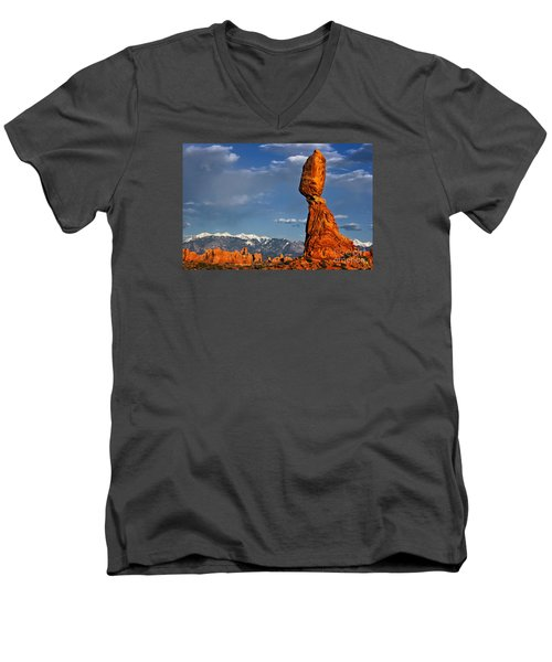 Gravity Defying Balanced Rock, Arches National Park, Utah Men's V-Neck T-Shirt