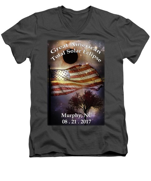 Great American Eclipse American Flag T Shirt Art Men's V-Neck T-Shirt