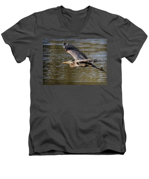 Great Blue Heron In Stratford Men's V-Neck T-Shirt