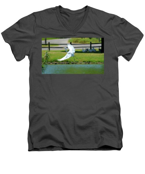 Great Egret In A Left Banking Turn - Digitalart Men's V-Neck T-Shirt
