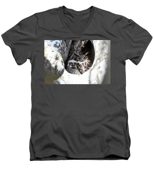 Great Horned Owl Nest Men's V-Neck T-Shirt by Gary Wightman
