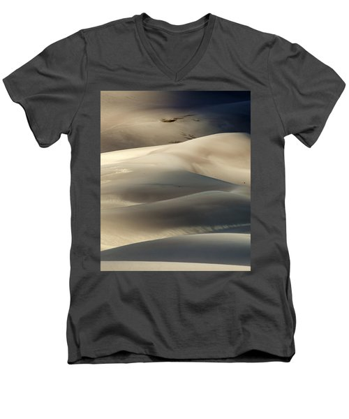 Great Sand Dunes National Park V Men's V-Neck T-Shirt