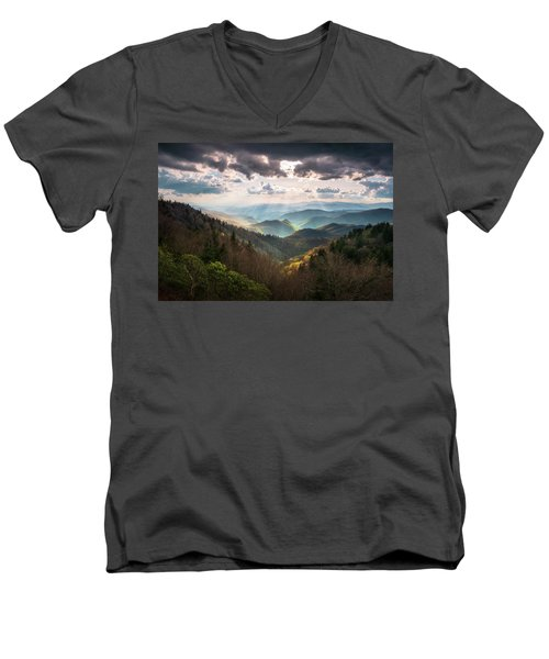 Great Smoky Mountains National Park North Carolina Scenic Landscape Men's V-Neck T-Shirt