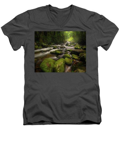 Great Smoky Mountains Roaring Fork Men's V-Neck T-Shirt