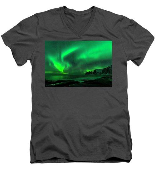 Green Skies At Night Men's V-Neck T-Shirt