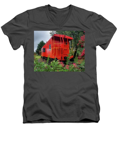 Gretna Railroad Park Men's V-Neck T-Shirt