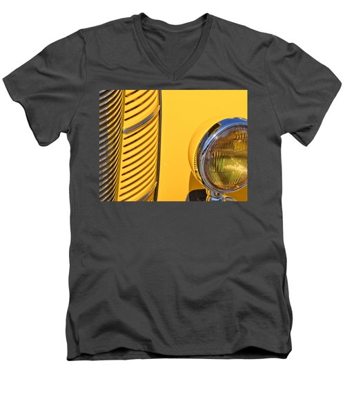 Grilled Chrome To Yellow Men's V-Neck T-Shirt