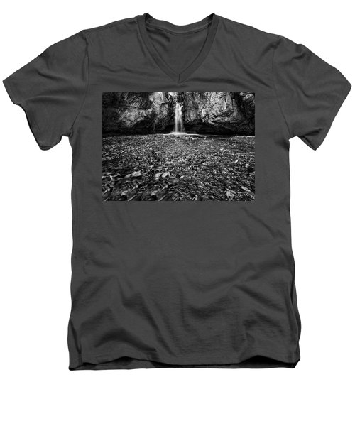 Grotto Falls In Black And White Men's V-Neck T-Shirt
