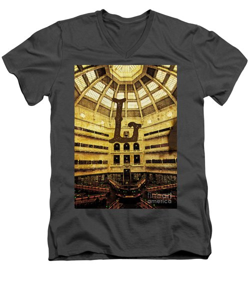 Grungy Melbourne Australia Alphabet Series Letter L State Librar Men's V-Neck T-Shirt