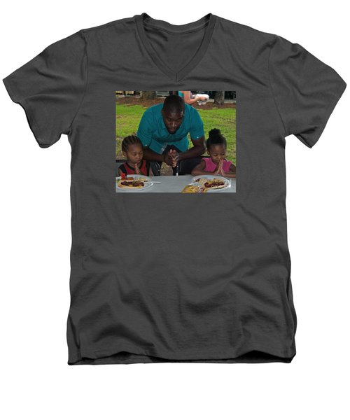 Guest Family Praying Men's V-Neck T-Shirt