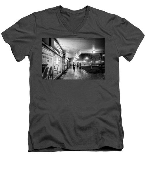 Hale Barns Tandoori And Wok2go Men's V-Neck T-Shirt
