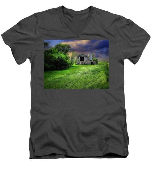 Half Silo Men's V-Neck T-Shirt