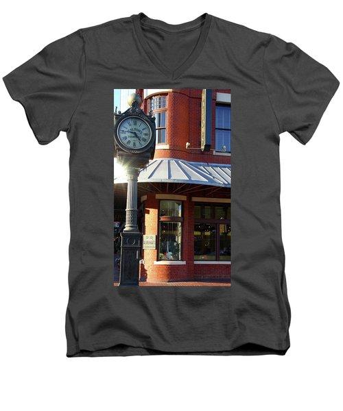 Haltoms Diamonds Clock Men's V-Neck T-Shirt