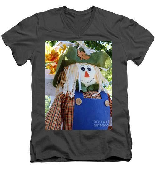 Happy Scarecrow Men's V-Neck T-Shirt