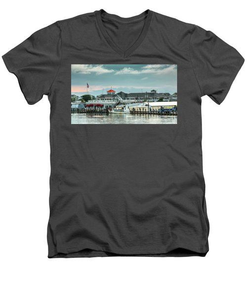 Harris Crab House Men's V-Neck T-Shirt