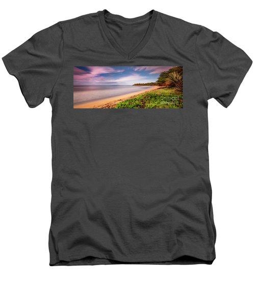 Hawaii Pakala Beach Kauai Men's V-Neck T-Shirt