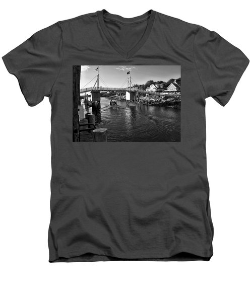Heading To Sea - Perkins Cove - Maine Men's V-Neck T-Shirt