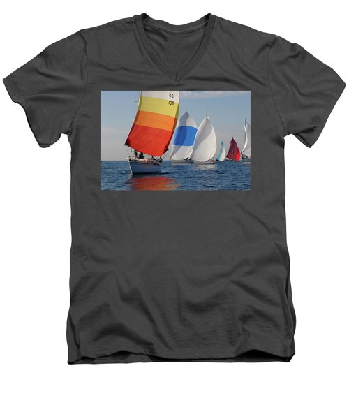 Heading Towind Windward Mark Men's V-Neck T-Shirt