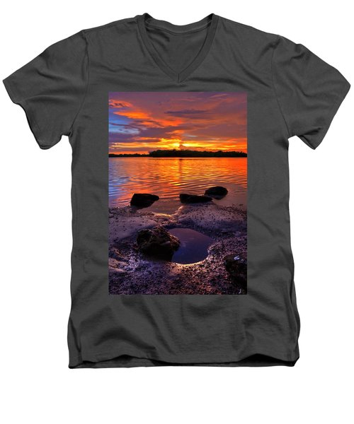 Heart Shaped Pool At Sunset Over Lake Worth Lagoon On Singer Island Florida Men's V-Neck T-Shirt