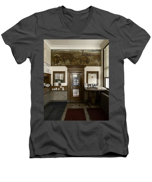 Hebron Nebraska Post Office Mural Men's V-Neck T-Shirt