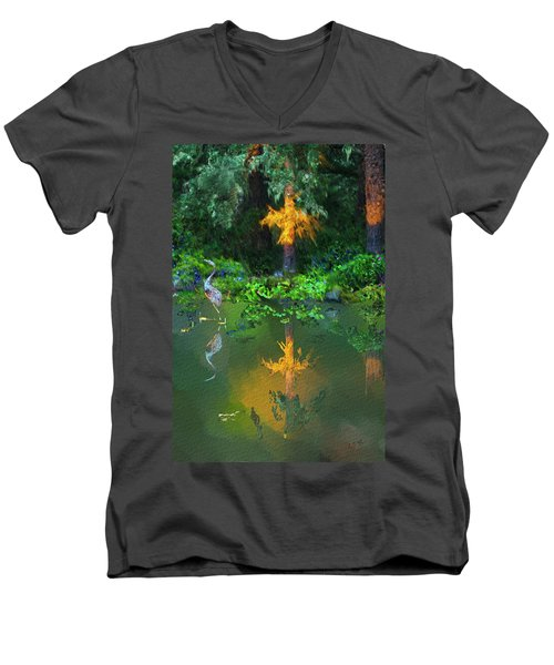 Heron Art Men's V-Neck T-Shirt