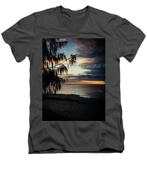 Heron Island Sunset  Men's V-Neck T-Shirt