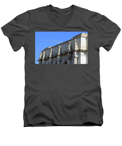Hey Is That Joe Biden One Statue Said To Another At Union Station Men's V-Neck T-Shirt