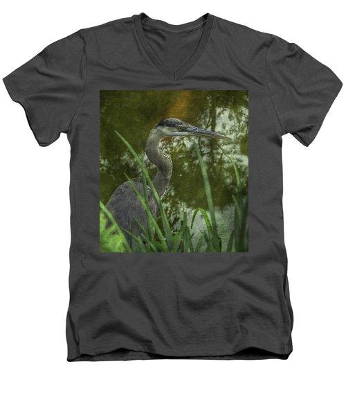 Hiding In The Grass Men's V-Neck T-Shirt