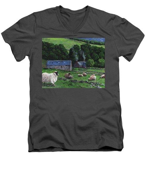 Highland Croft Men's V-Neck T-Shirt