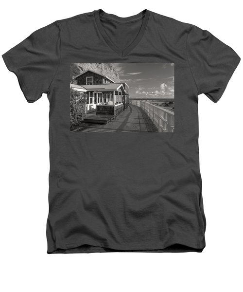 Historic Cottage  Crystal Cove Black And White Men's V-Neck T-Shirt