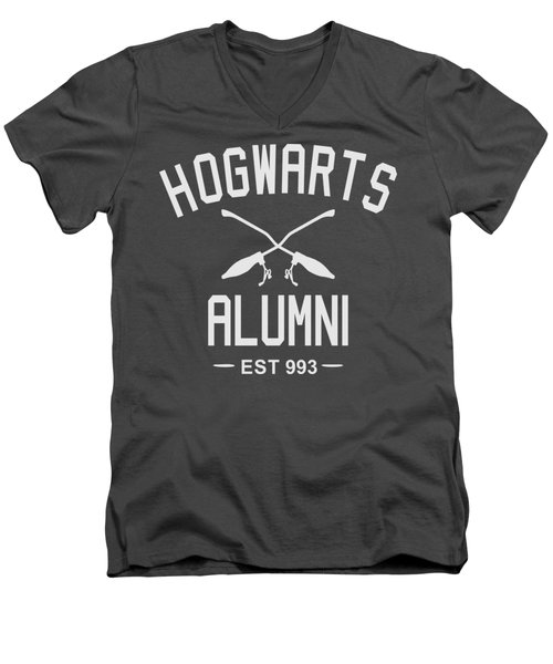 Hogwarts Alumni Men's V-Neck T-Shirt