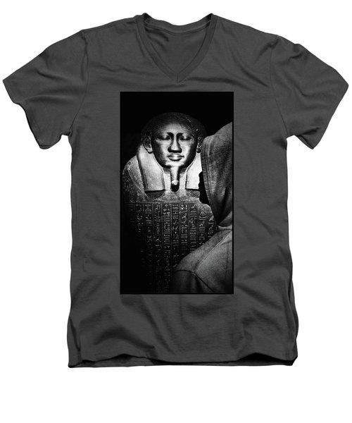 Homage To The General Men's V-Neck T-Shirt