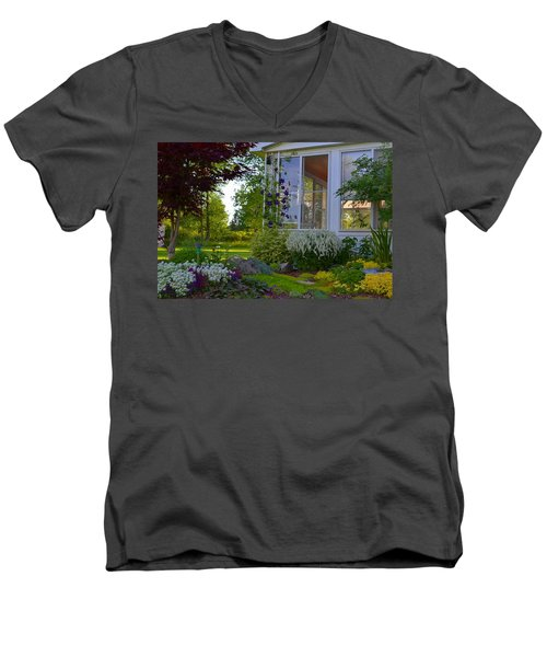 Home Garden Men's V-Neck T-Shirt