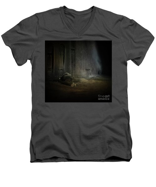 Homeless In China Men's V-Neck T-Shirt
